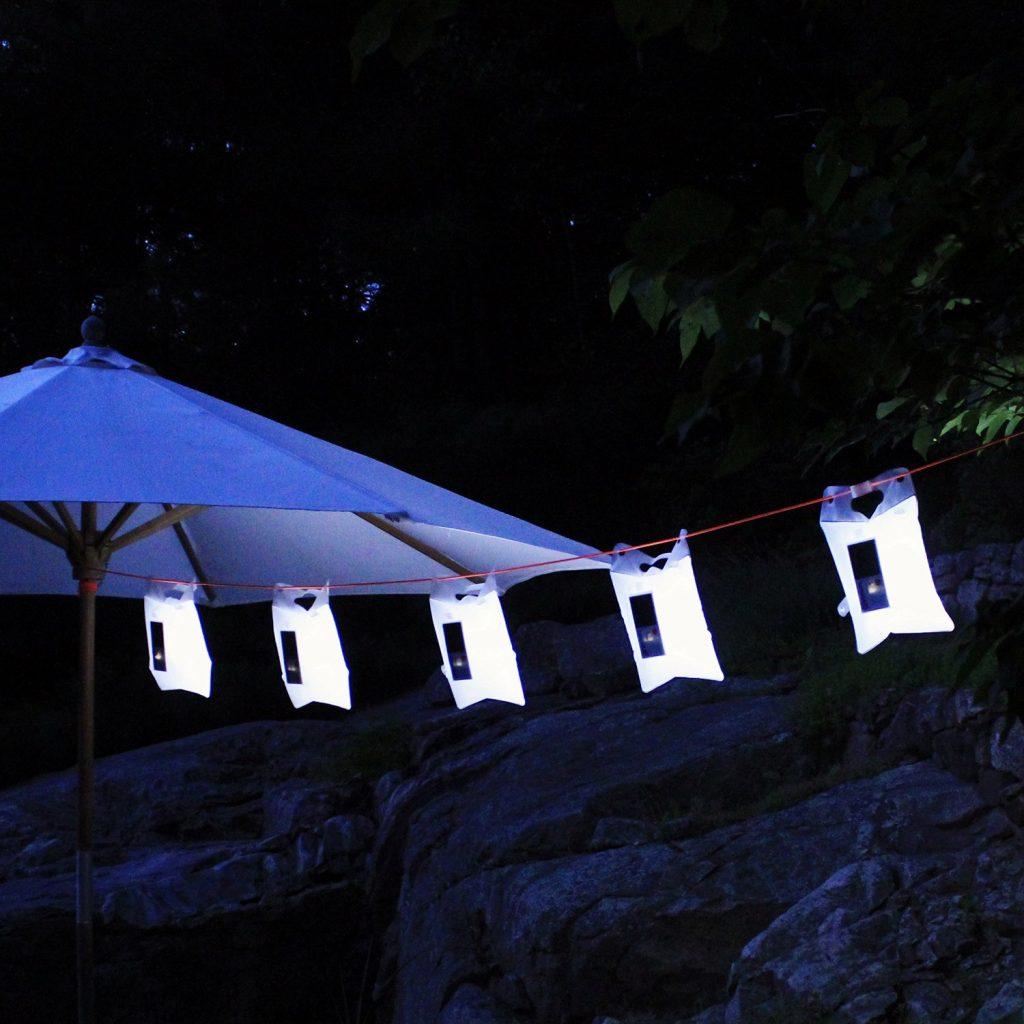 lampada-led-solare-busta-luminaid-4